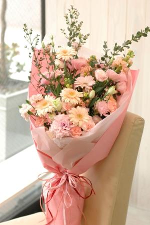 プロにおまかせ『花束』ピンク系